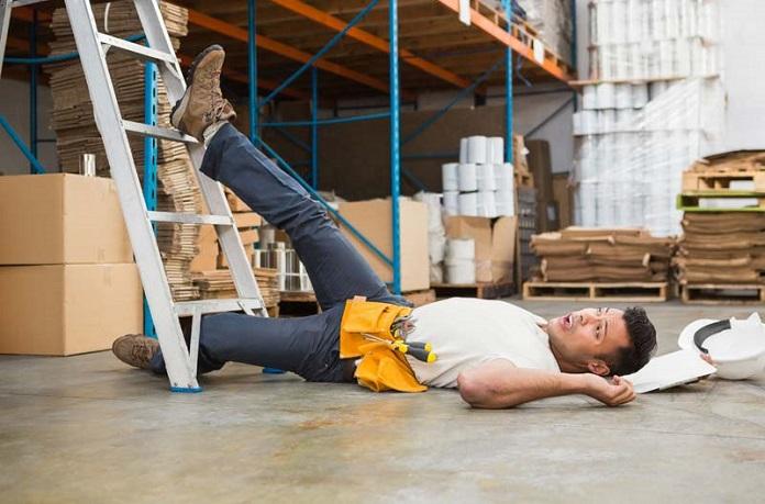 cara menangani korban kecelakaan kerja