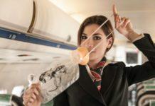 alat keselamatan di dalam pesawat