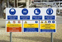 rambu rambu keselamatan kerja di area kerja