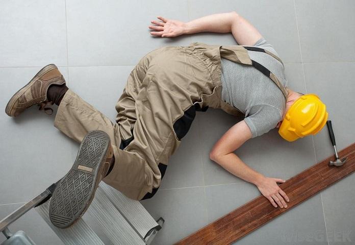 faktor faktor penyebab kecelakaan kerja
